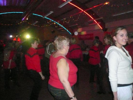 Pendant que certains pédalent, d'autres dansent