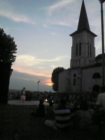 coucher de soleil sur une belle soirée à Creuzier