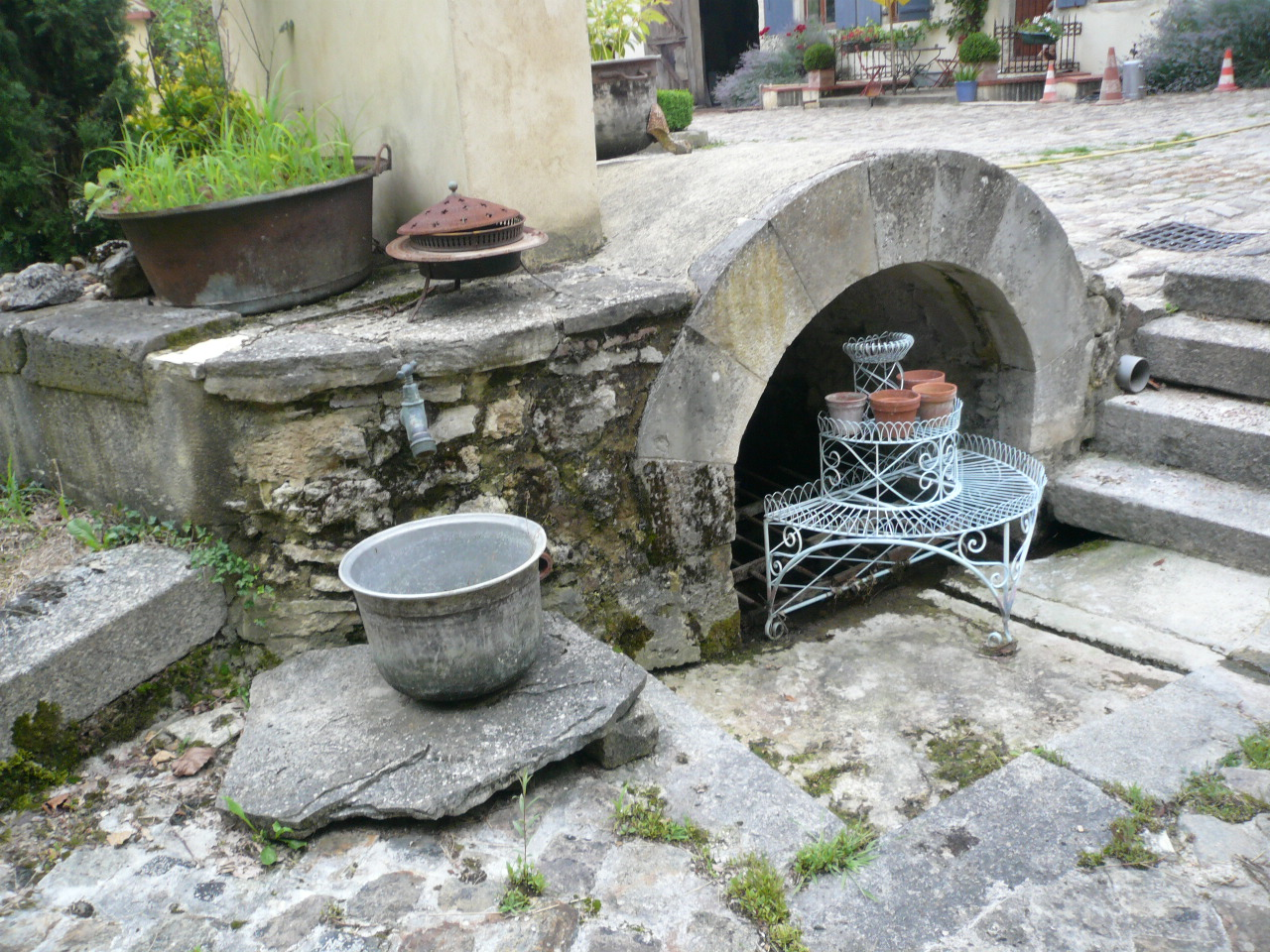 Une fontaine ancienne