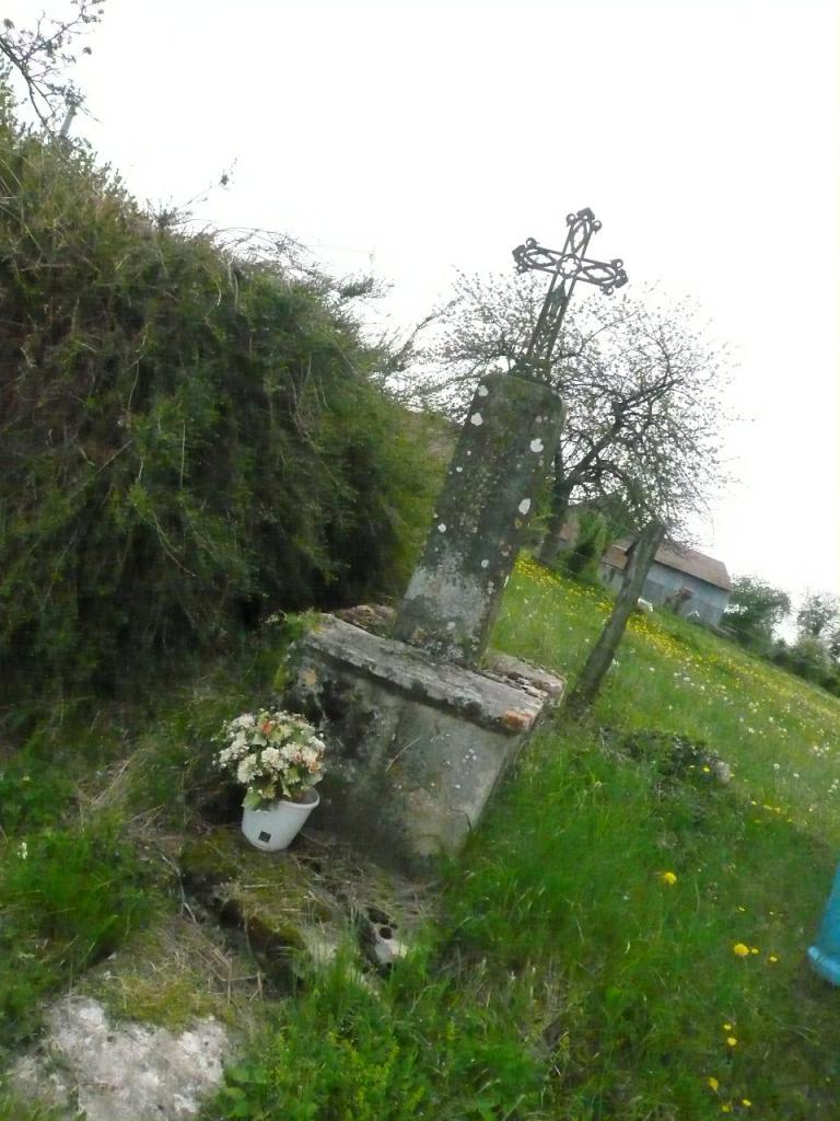La Croix des Bravets